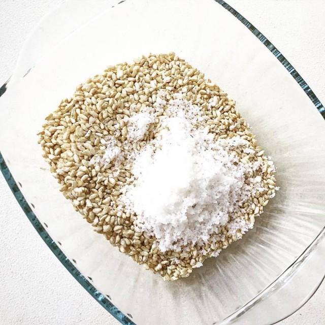 玄米麹と粟国の塩